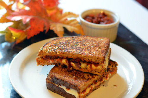 sun-dried tomato pesto sandwich
