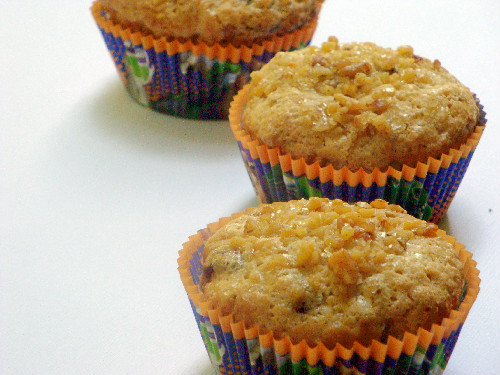 Eggless Orange-Cranberry-walnut muffins